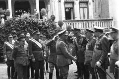 Franco a su llegada al Palacio de la Isla