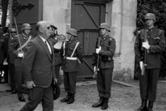 Llegada de Franco al Palacio de la Isla