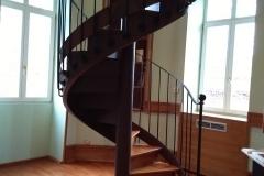 Escalera de acceso al torreón del Palacio de la Isla
